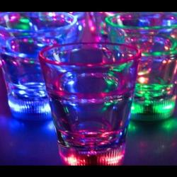 led-shot-glass-02.jpg