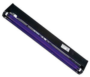 24-inch-blacklight-big.jpg